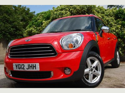 MINI COUNTRYMAN Hatchback 1.6 One D (Pepper) (s/s) 5dr