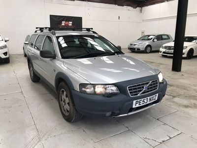 VOLVO XC70 Estate 2.4 D5 SE 5dr