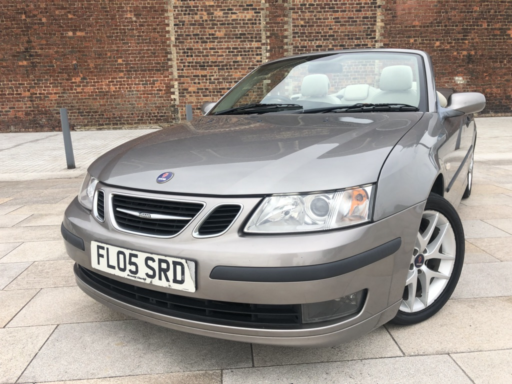 SAAB 9-3 Convertible 2.0 T Cerulean Vector 2dr