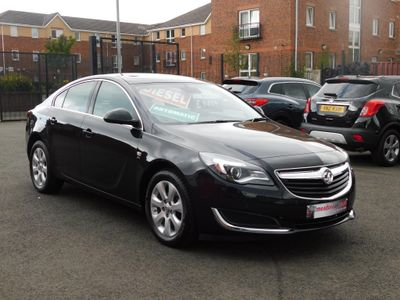 VAUXHALL INSIGNIA Hatchback 1.6 CDTi SE Auto 5dr