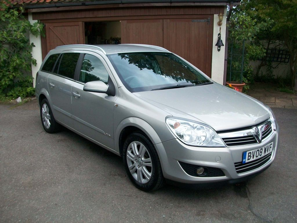 VAUXHALL ASTRA Estate 1.6 i 16v Design 5dr