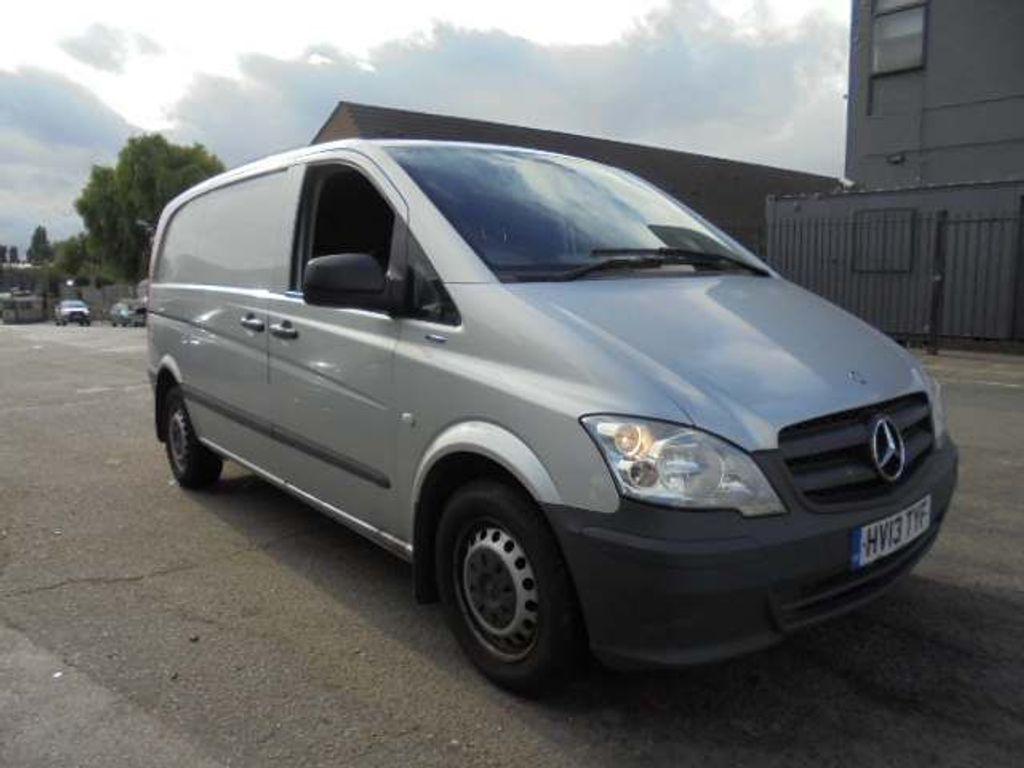 MERCEDES-BENZ VITO Panel Van 2.1 116CDI BlueEFFICIENCY Compact Panel Van 5dr (EU5)