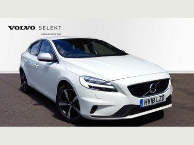 Volvo V40 2.0 T3 R-Design, Nubuck/Leather, DAB, Climate Control 5dr