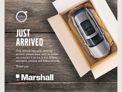 Volvo V40 Diesel Hatchback Inscription 2.0 5dr Sat Nav + LEATHER