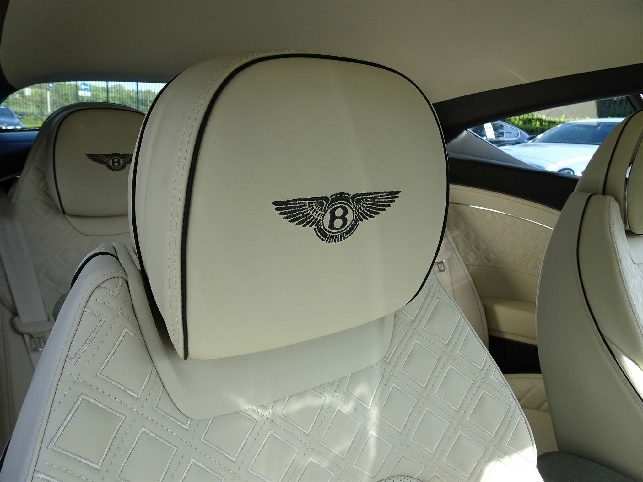 Bentley Continental 6.0 W12 GT Auto 4WD 2dr