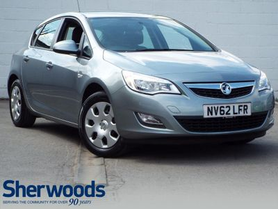 Vauxhall Astra 1.4 i VVT 16v Exclusiv 5dr LOW MILEAGE - ONE OWNER!
