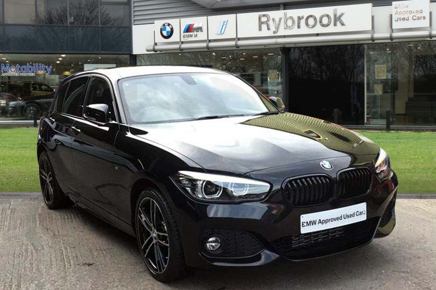 BMW 1 Series 120d xDrive M Sport Shadow Edition 5door 2.0 Professional Media Package