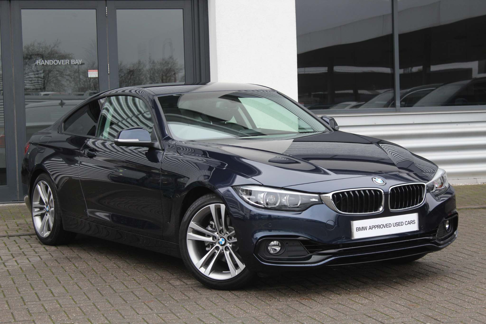 BMW 4 Series 420i Sport Coupe 2.0 2dr Sport , Sat Nav , Leather