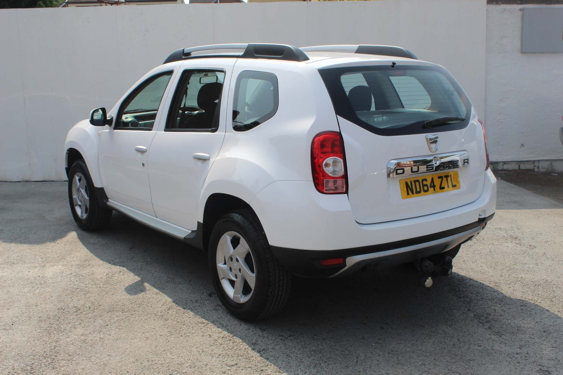 Dacia Duster 1.5 dCi Laureate 4WD (s/s) 5dr - Image 4