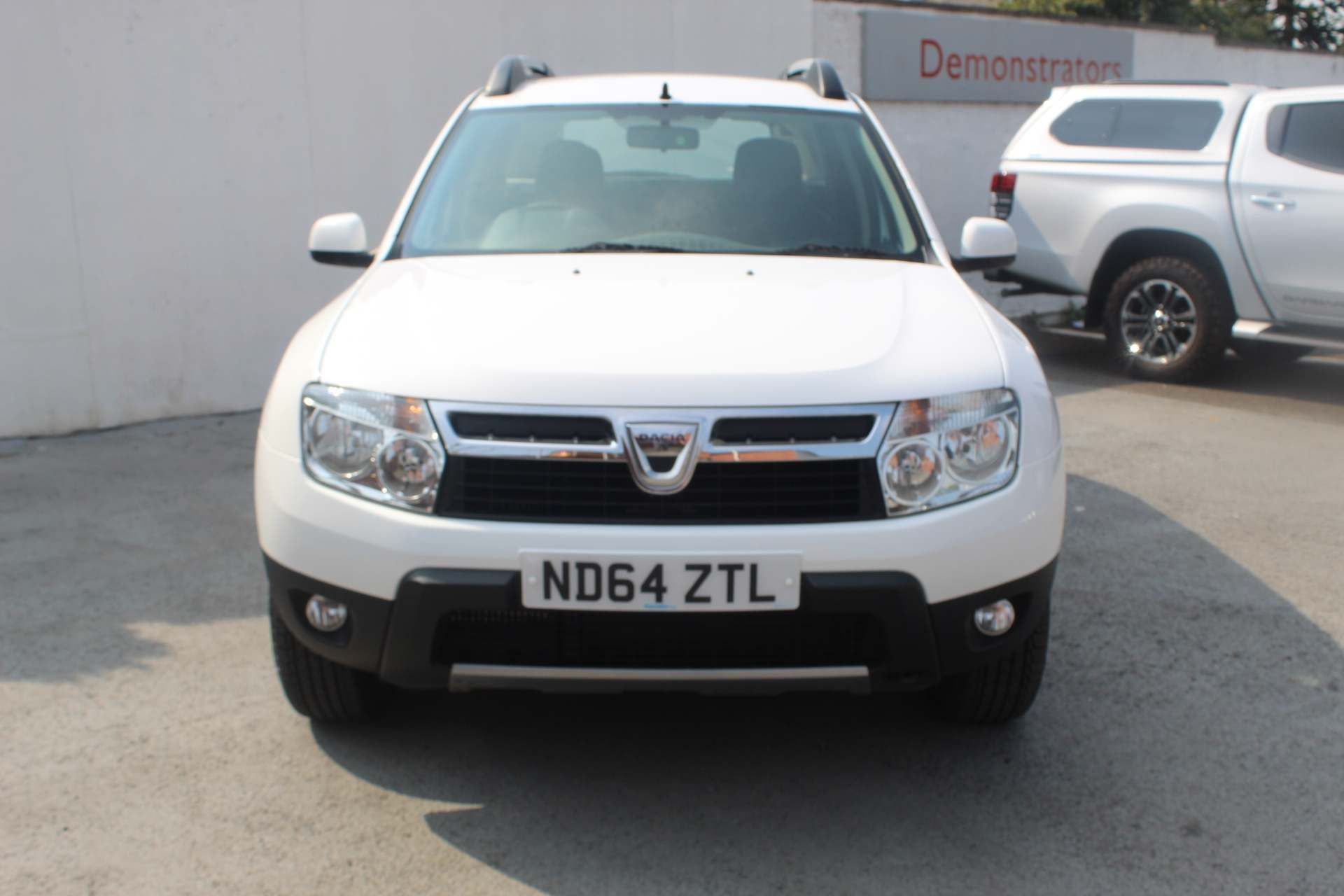 Dacia Duster 1.5 dCi Laureate 4WD (s/s) 5dr - Image 7