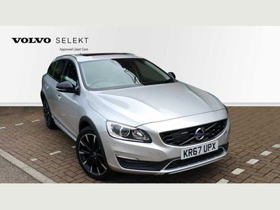Volvo V60 D4 AWD Cross Country Lux Nav Automatic + Driver Support Pack, 19' Alloys, Sunroof, Harman Kardon Speakers, Rear Ca 2.4 5dr SUNROOF CAMERA PREMIUM SOUND