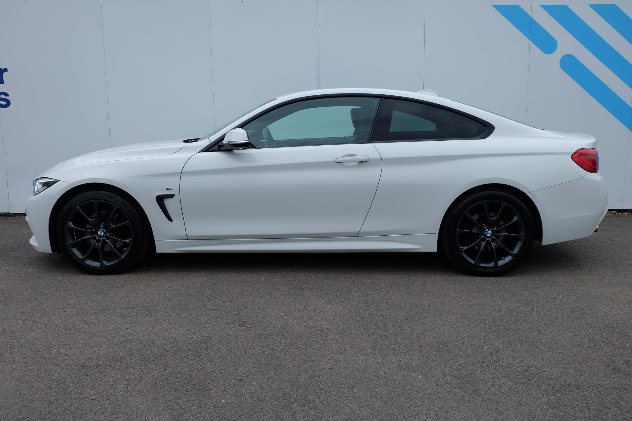 Used BMW 4 Series 2.0 420d M Sport Auto (s/s) 2dr