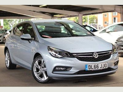 Vauxhall Astra 1.6 CDTi 16V 136 SRi 5dr Hatchback WE SIMPLY REFUSE TO BE BEATEN!