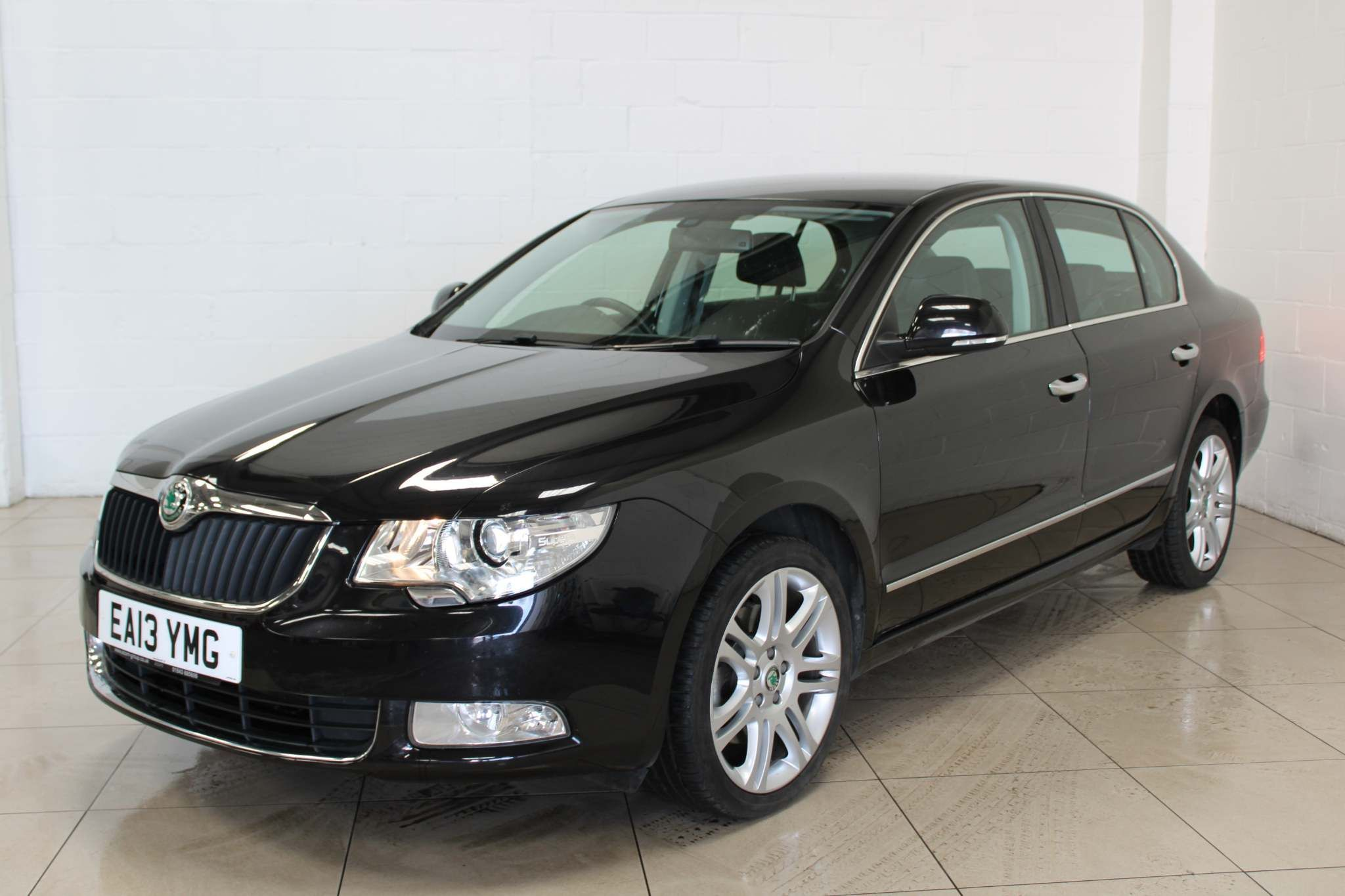 SKODA Superb ELEGANCE TDI CR 2.0 5dr