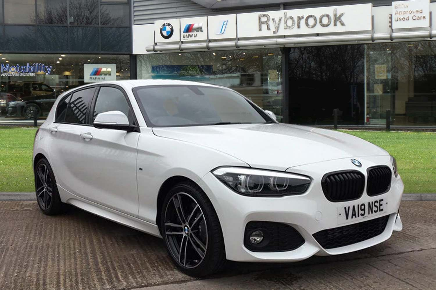 BMW 1 Series 116d M Sport Shadow Edition 5-door 1.5 5dr Low Rate Finance Available