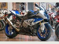 BMW HP4 CARBON IMMACULATE CONDITION 2,769 MILES 0.999 litre image