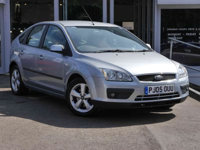 Ford Focus 1.6 Zetec 5 door Automatic [Climate Pack] Air Con, Htd Screen, 2 Owners