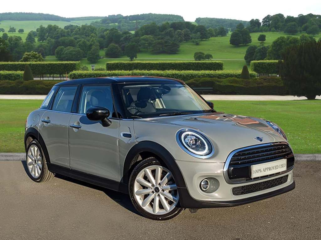 MINI 5-Door Hatch Cooper Classic 1.5 5dr 69 PLATE - DELIVERY MILEAGE!!!