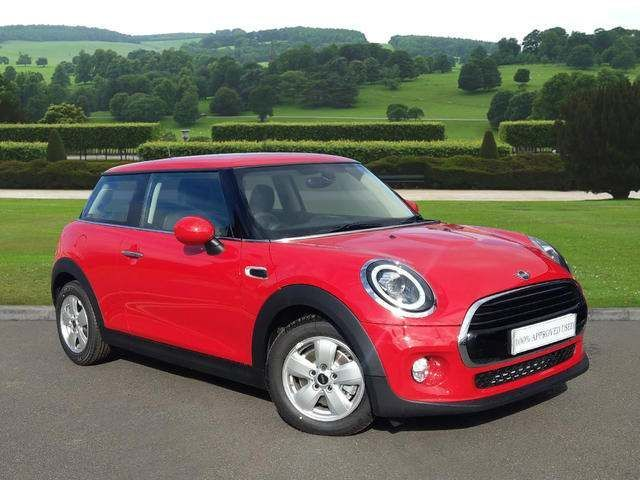 MINI 3-Door Hatch Cooper Classic 1.5 3dr 69 PLATE - DELIVERY MILEAGE!