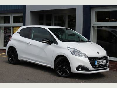 Peugeot 208 1.2 PureTech Black Edition 3dr RARE BLACK EDITION, GREAT SPEC