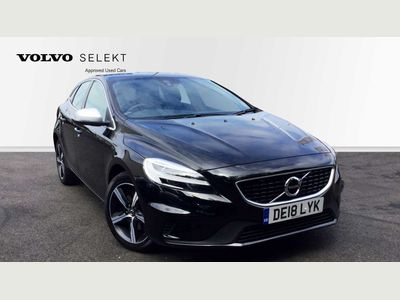 Volvo V40 T2 R-Design Manual Navigation Plus rear Park Assist, Cruise Control, High Performance Audio 2.0 5dr Stunning Onyx Black