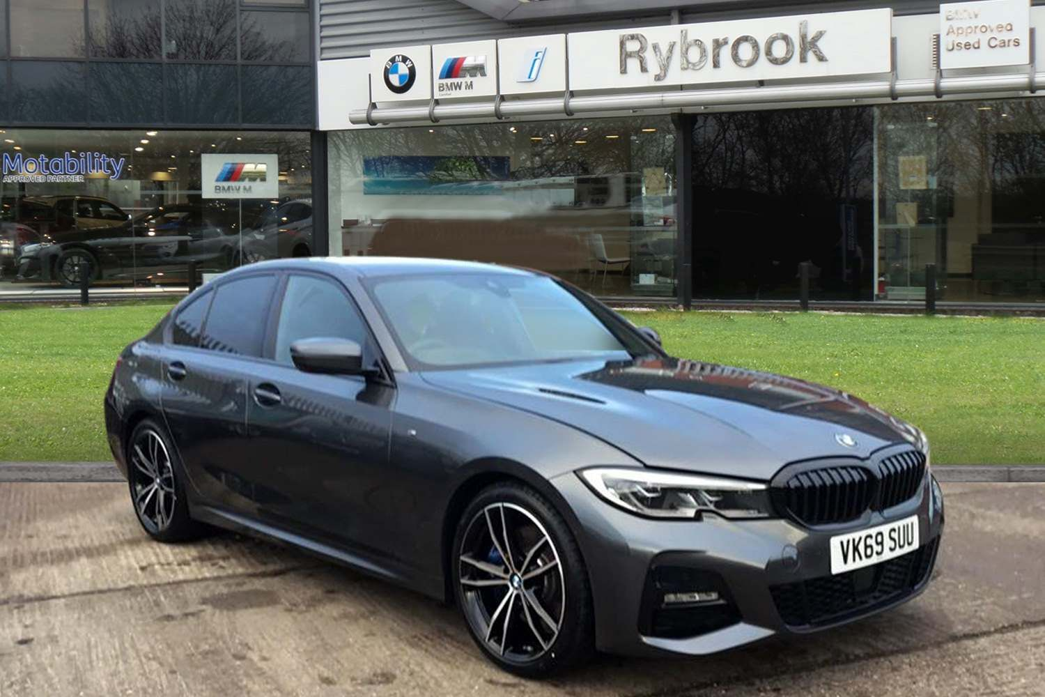 BMW 3 Series 320d M Sport Saloon 2.0 4dr M Sport plus Package