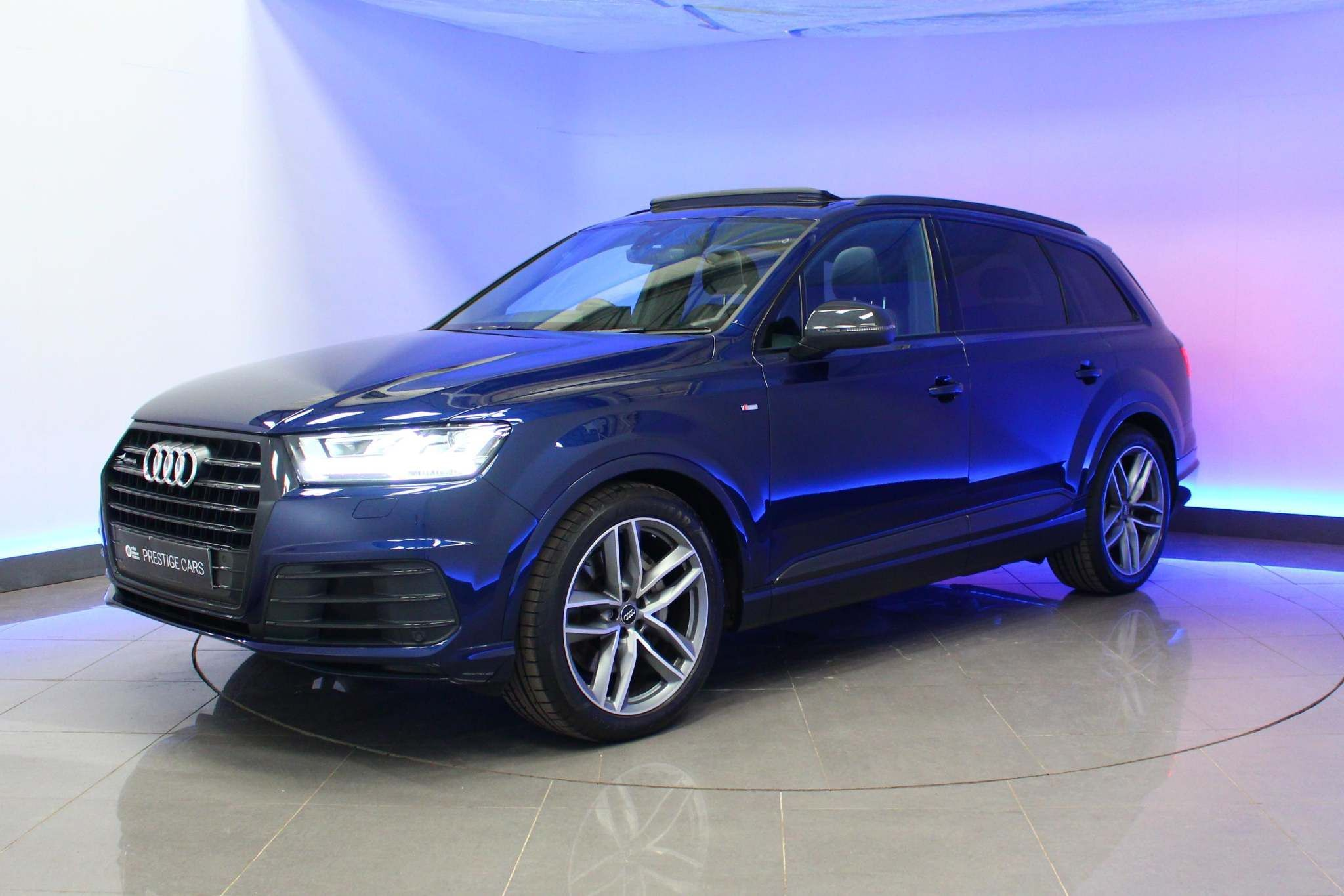Used  Audi Q7 Black Edition