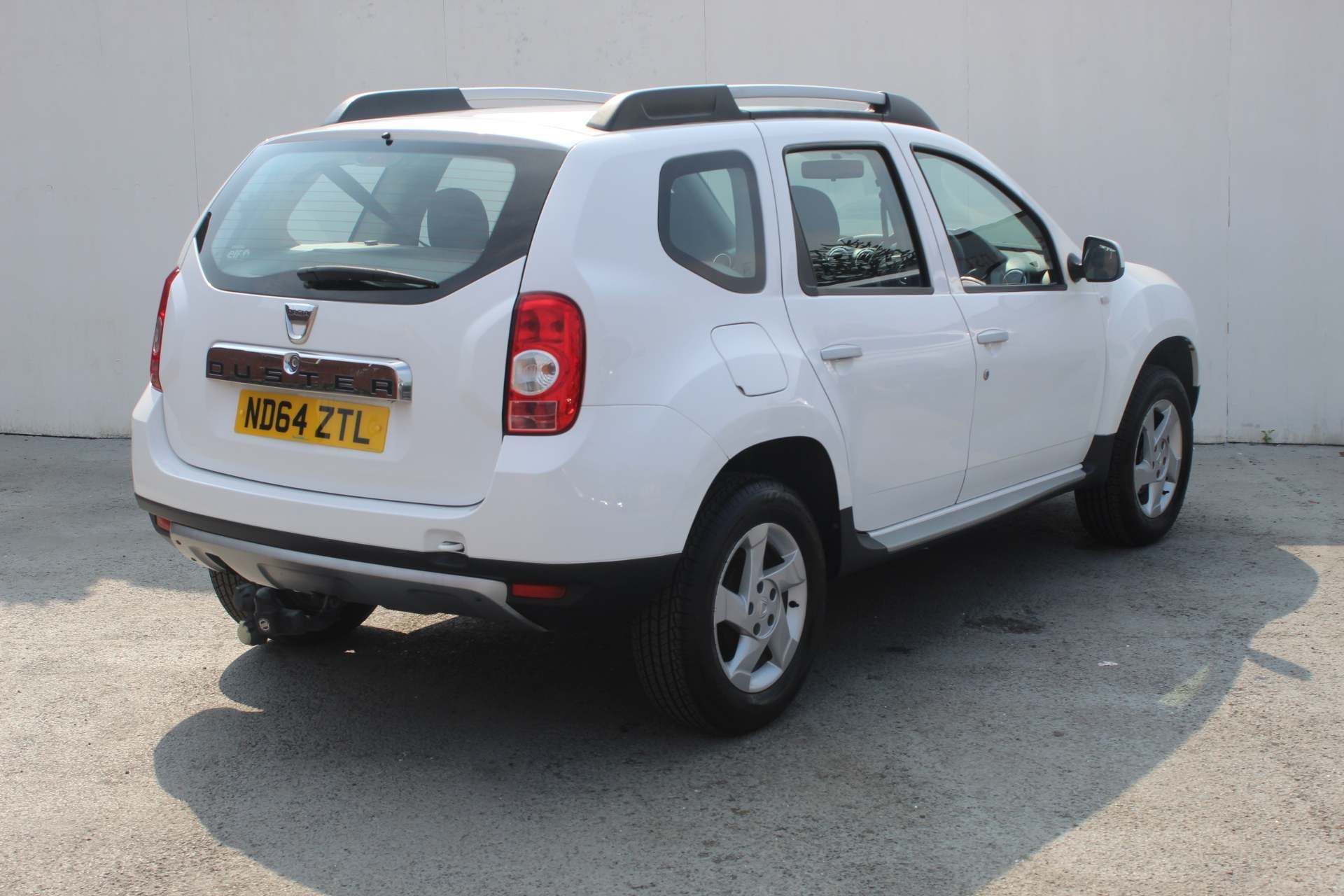 Dacia Duster 1.5 dCi Laureate 4WD (s/s) 5dr - Image 2