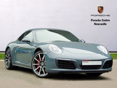 Porsche 911 Carrera 4S 2dr 3.0 Sports Chrono / Sports Exhaust