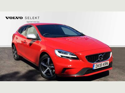 Volvo V40 Automatic LED Headlights, Bluetooth, Hill Start Assist 2.0 5dr Low Miles