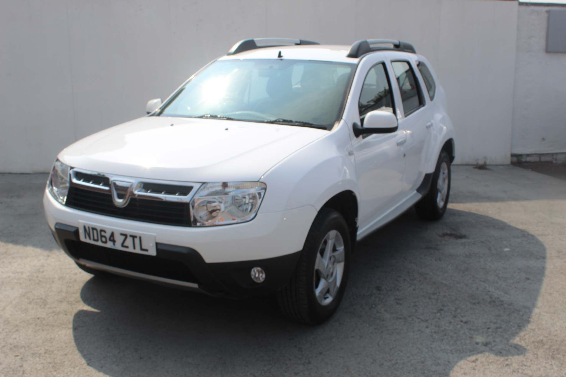 Dacia Duster 1.5 dCi Laureate 4WD (s/s) 5dr - Image 6