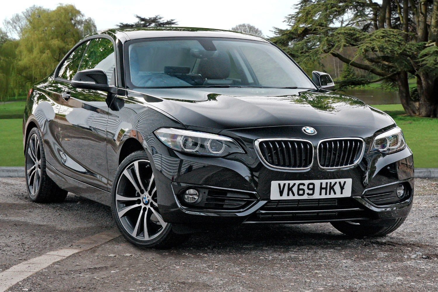 BMW 2 Series 218i Sport Coupe 1.5 2dr 18 Inch Alloys