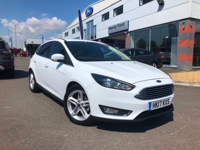 Ford Focus 1.0 EcoBoost 125 Titanium 5dr APPEARANCE PACK 1
