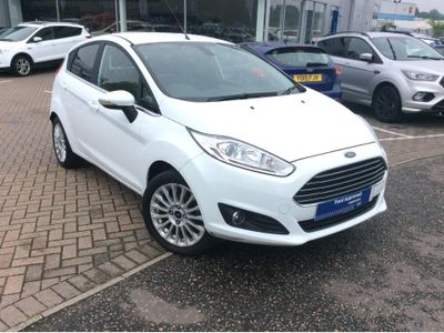Ford Fiesta 1.0 Titanium 5dr AUTO LIGHTS - AUTO WIPERS