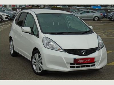 Honda Jazz 5-Door 1.4 i-VTEC ES Plus 5dr Low Mileage