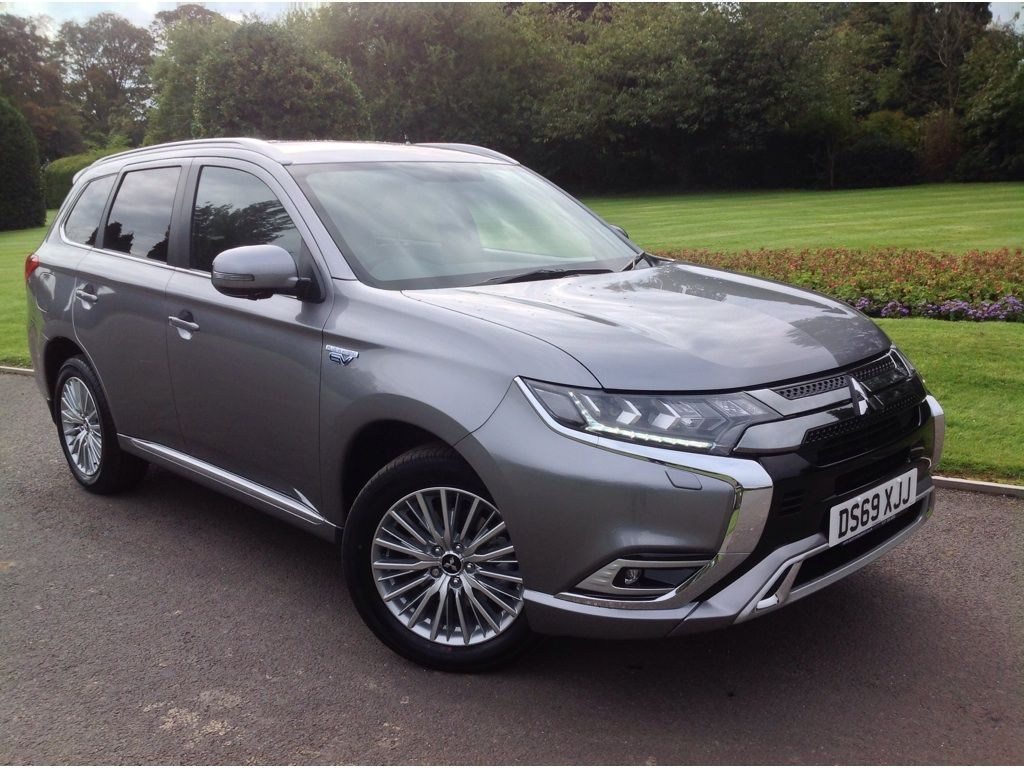 Mitsubishi Outlander 2.4h TwinMotor 13.8kWh Exceed CVT 4WD (s/s) 5dr