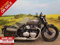 Triumph Bobber Bonneville 1200cc image