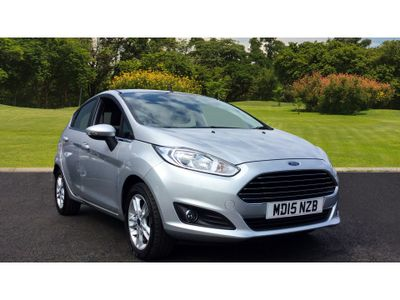 Ford Fiesta 1.25 82 Zetec 5Dr Petrol Hatchback UK NUMBER 1 SELLING SUPER MINI