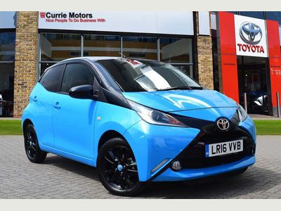 Toyota Aygo 1.0 VVT-i x-cite 2 5-Dr 5dr LOW MILEAGE WITH SAT NAV