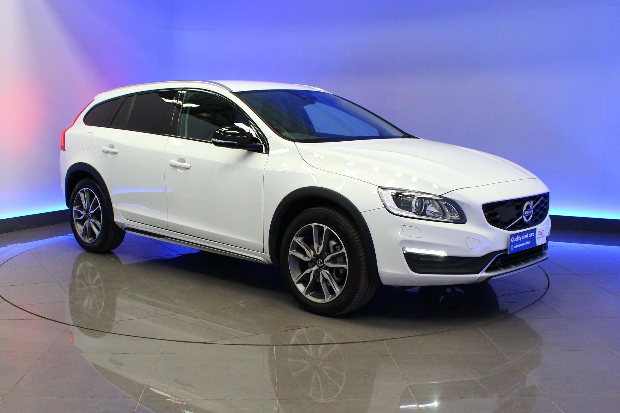 Used  Volvo V60 Cross Country Lux Nav