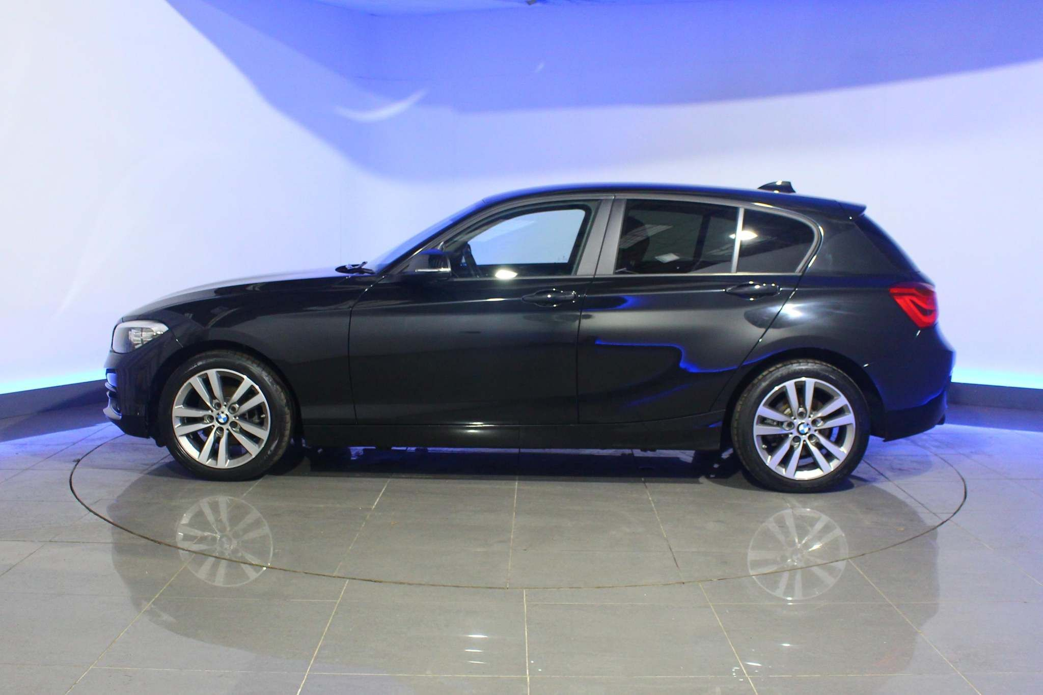 Used BMW 1 Series 2.0 118d Sport Sports Hatch (s/s) 5dr