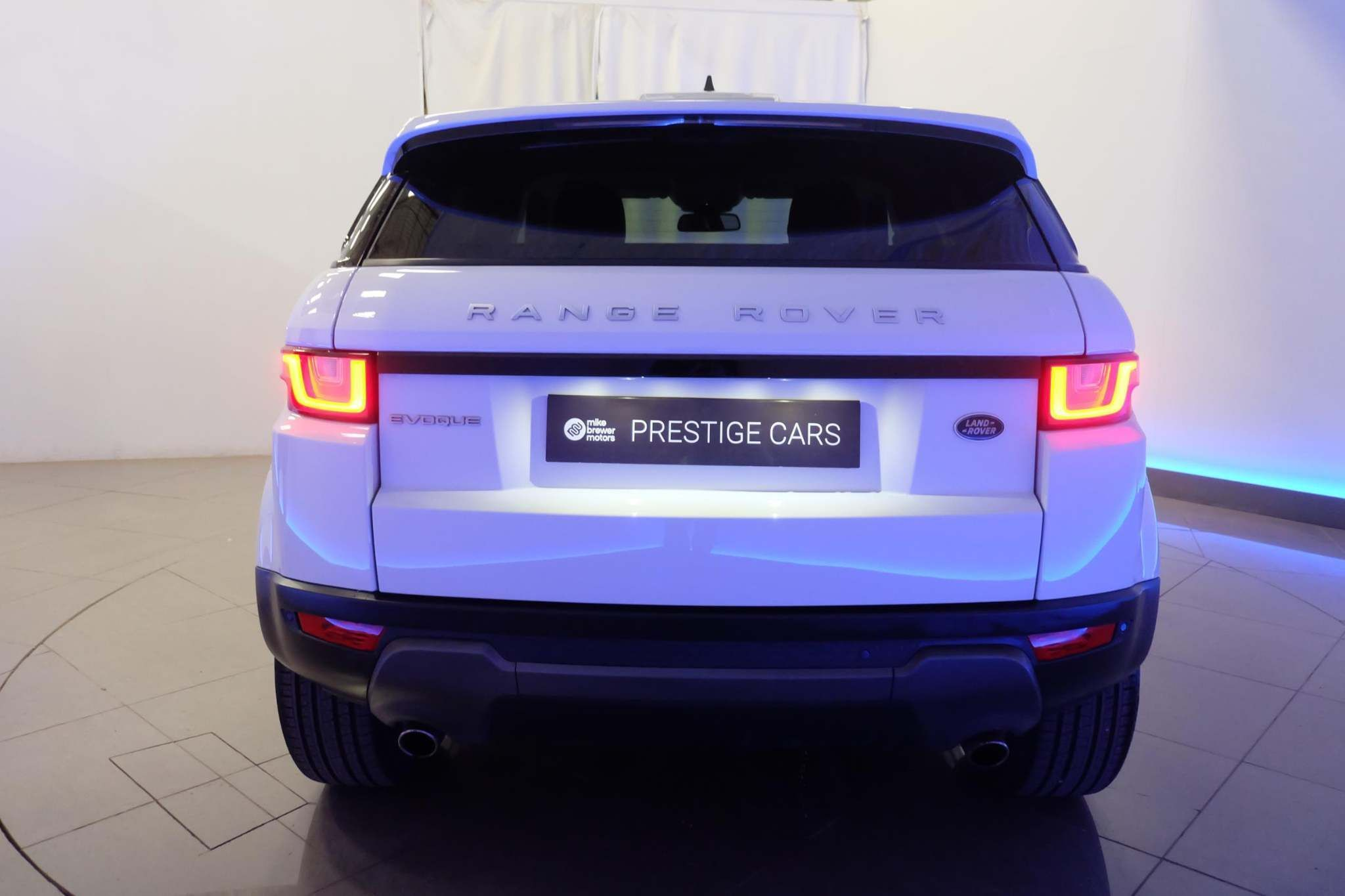Used Land Rover Range Rover Evoque 2.0 Td4 Se Tech Auto 4wd (s/s) 5dr
