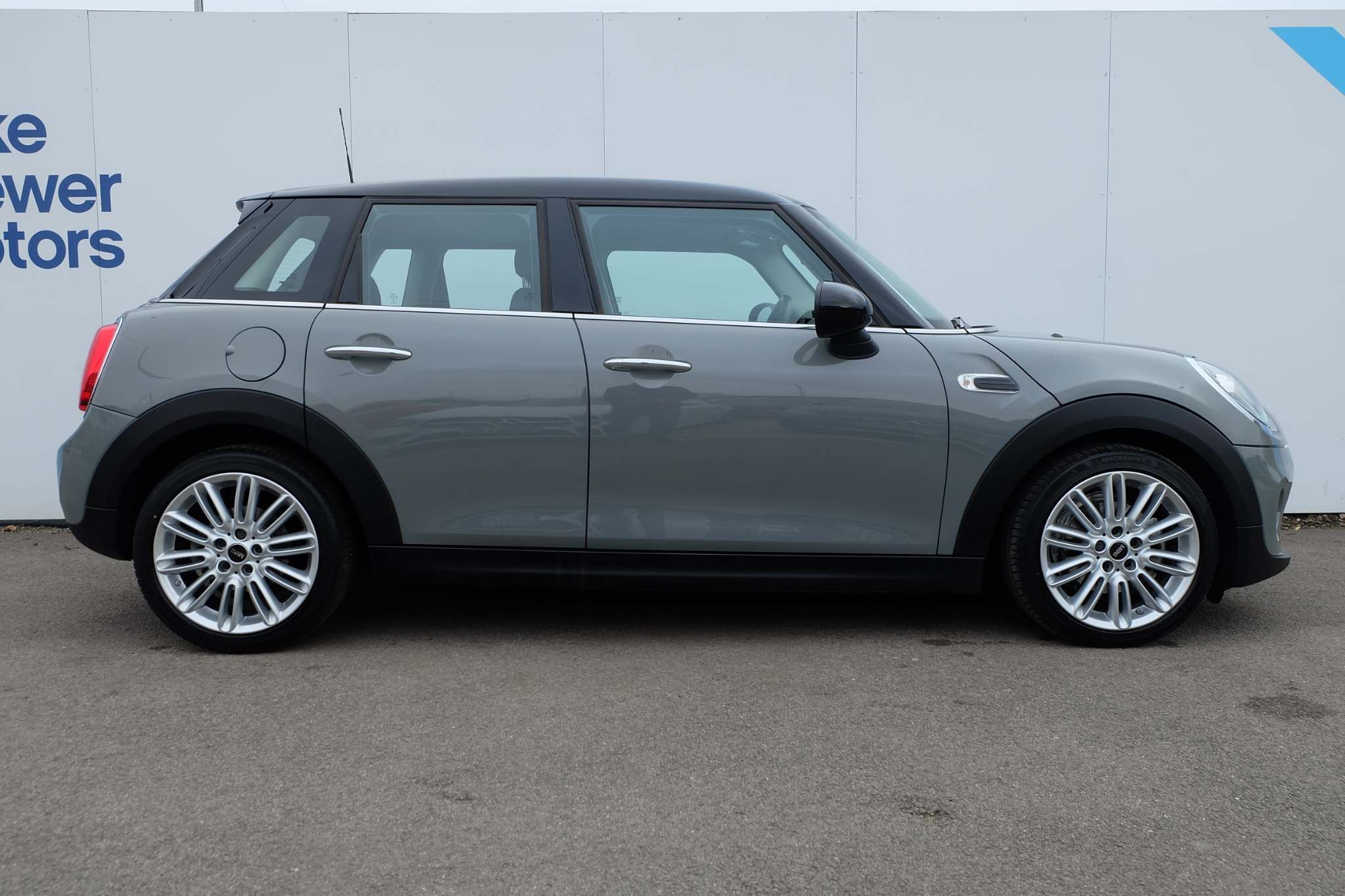 Used MINI Hatch 1.5 Cooper Steptronic (s/s) 5dr