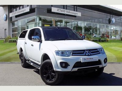 Mitsubishi L200 DI-D 4X4 BARBARIAN BLACK LB DCB 2.5 4dr Nationwide Delivery Available
