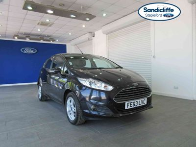 Ford Fiesta 1.25 82 Zetec 5 door HEATED SCREENS CD/RADIO