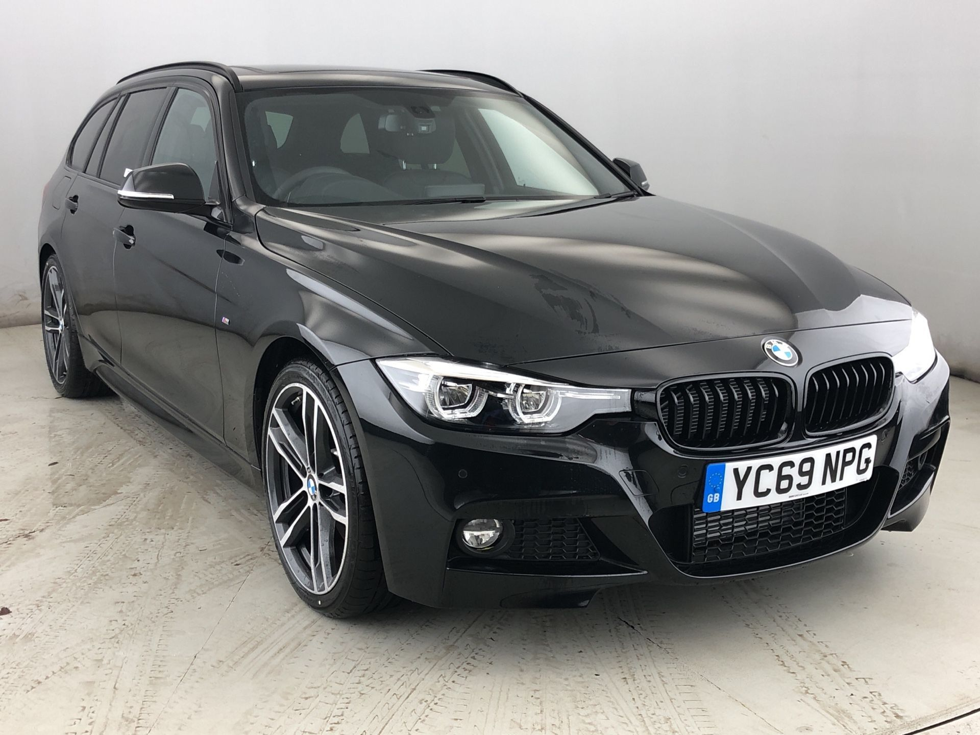 BMW 3 Series 320d M Sport Shadow Edition Touring 2.0 5dr M Sport , Leather , Sat Nav