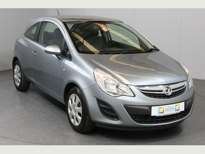 Vauxhall Corsa 1.4 Exclusiv 3dr [AC] Ideal First Car