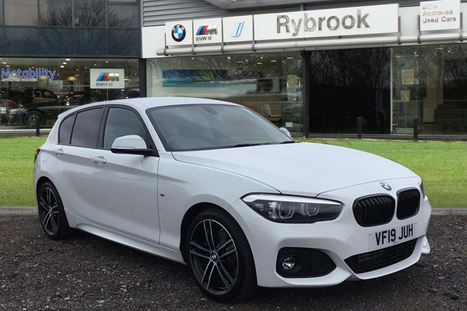 BMW 1 Series 118d M Sport Shadow Edition 5-door 2.0 5dr Low rate Finance Available