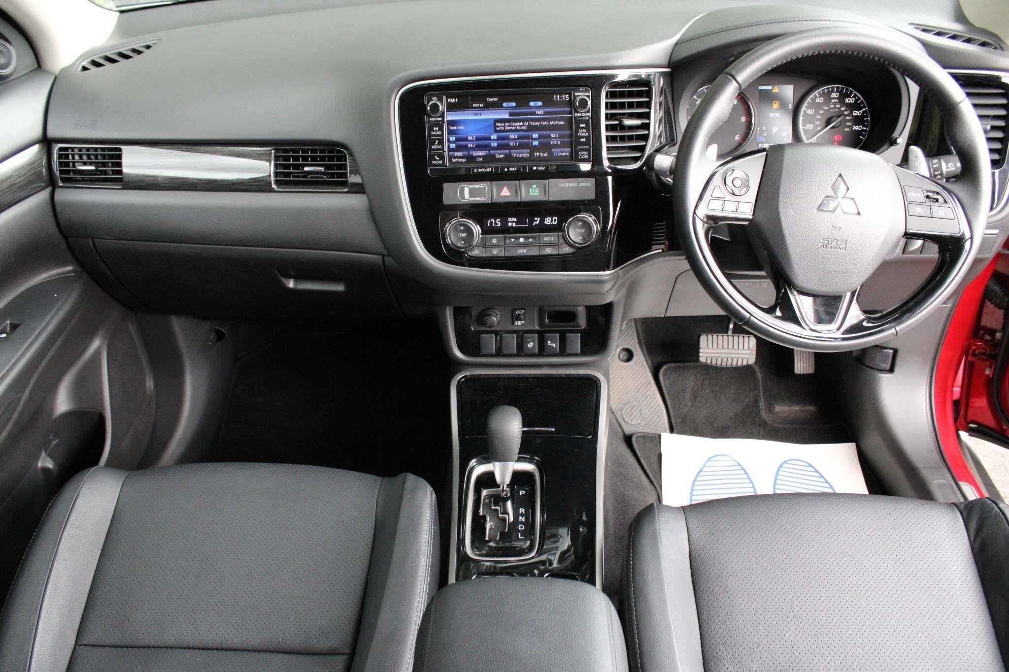 Mitsubishi Outlander 2.2 DI-D 4 Auto 4WD 5dr