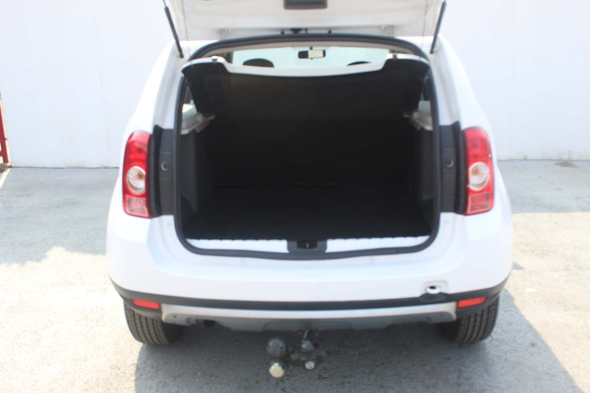 Dacia Duster 1.5 dCi Laureate 4WD (s/s) 5dr - Image 30